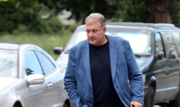 Главсекът на МВР остава, не бил в обтегнати отношения с Узунов