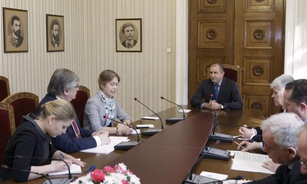 Президентът Радев се срещна с посланика на Русия