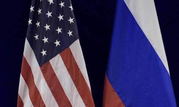 Красноречие от US сенатор: Да сритаме Русия!