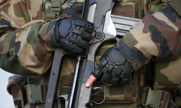 САЩ и Русия – топ търговците на оръжия, изнасят за Азия