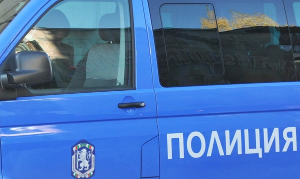 Маскирани обраха обменно бюро в Пазарджик