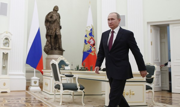 Победа по учебник: Путин още не е кандидат, но печели от раз!