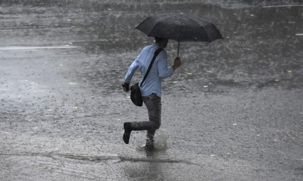 Дъжд на празничните 3 и 4 март, месецът като цяло – топъл