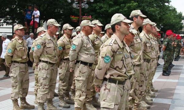 Военният министър направи промени в ключови дружества