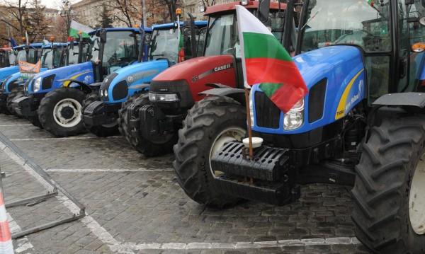 Фермери се стягат за протест, ще блокират пътища