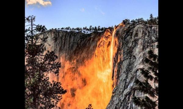 Огненият водопад в Йосемити - едно от чудесата на природата