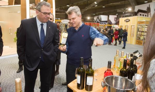 Определиха най-успешната винарска изба за 2017 г.