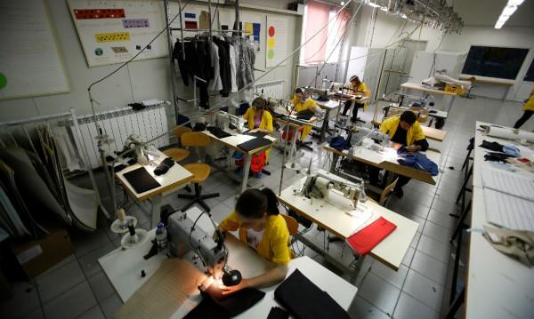 Откриването на работни места в редица области - забавено или спряло