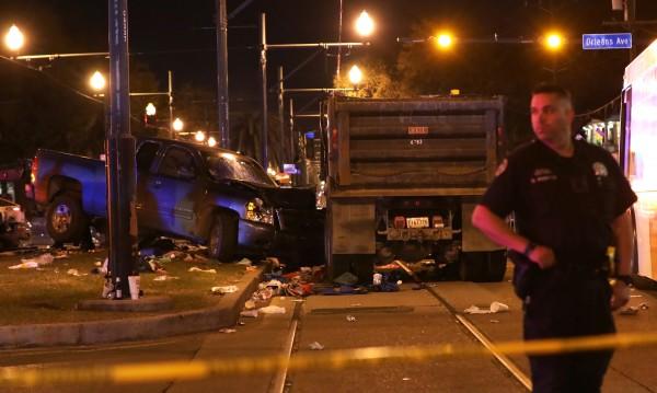 Камион се вряза в шествие в Ню Орлиънс, 28 ранени