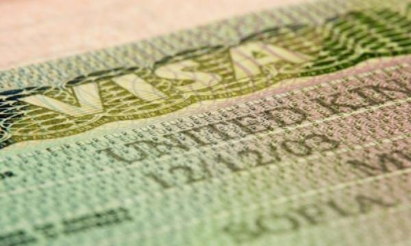 Великобритания връща визите, най-добре било да са за пет години