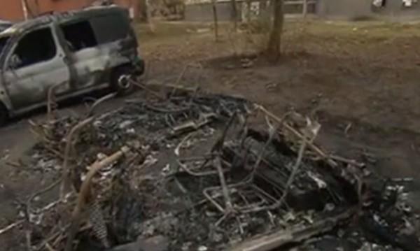 """Пет автомобила изгоряха в столичния кв. """"Банишора"""""""