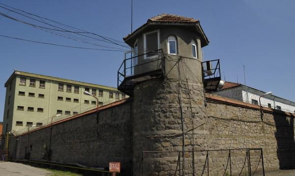 Заради избягалия Ендрев проверяват затвора в Пловдив