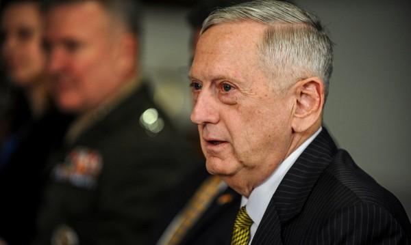 Шефът на Пентагона с план за бърз разгром на ИД