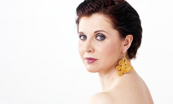 """Оперни звезди с балетно АЗ в """"Севилският бръснар"""""""