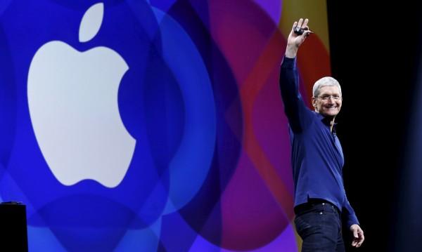 Apple търси нови начини за подкрепа на САЩ
