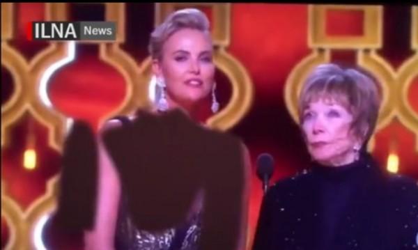 """Гол врат, голи ръце.. Иран """"облече"""" Чарлийз Терон на """"Оскар""""-ите"""