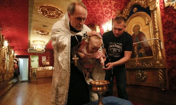 В Русия църквата е готова на всичко, за да спре абортите