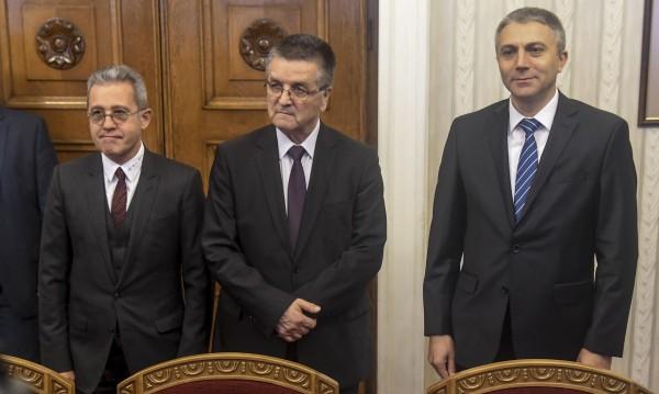 По пътя на Македония: С ДПС – новите националисти в България