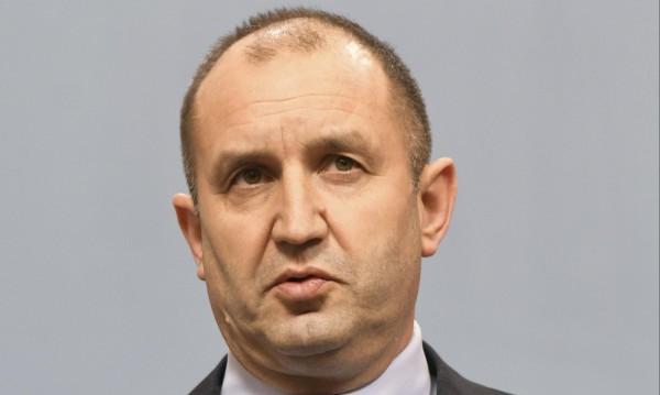 Радев категоричен: Няма чистка в Министерството на отбраната