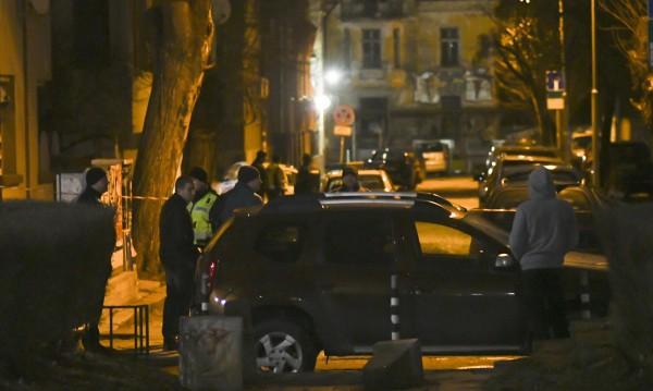 Кой хвърли самоделките в София – хулиган или нападател?