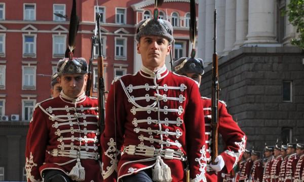 Честит празник! Честваме 139 години свободна България