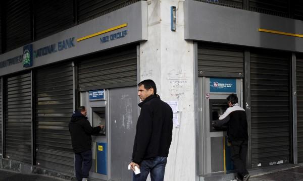 Гръцкото отчаяние: Обедняващи и без спестявания
