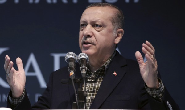 """Ердоган за отменените митинги в Германия – """"нацистки практики""""!"""