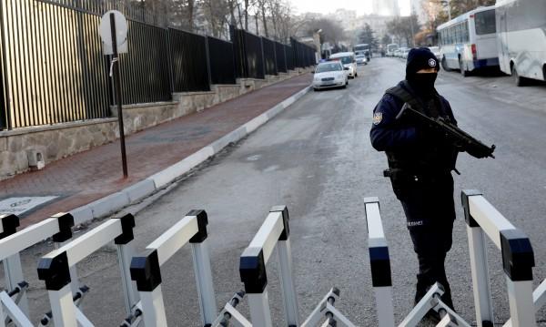 Арестуваха рускиня за убийството на руския посланик в Турция