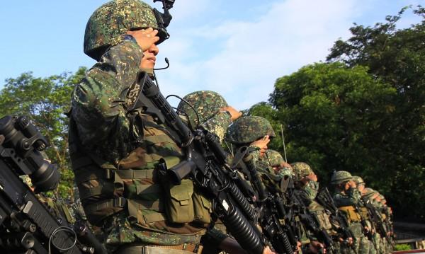 Скандал в US морската пехота: Мрежа за женски голи снимки