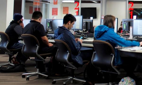 Нов предмет: Приложен програмист – учиш и ти плащат