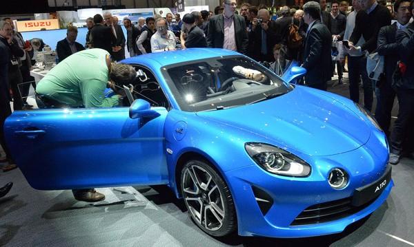 Alpine разпродаде бързо първата серия на А110