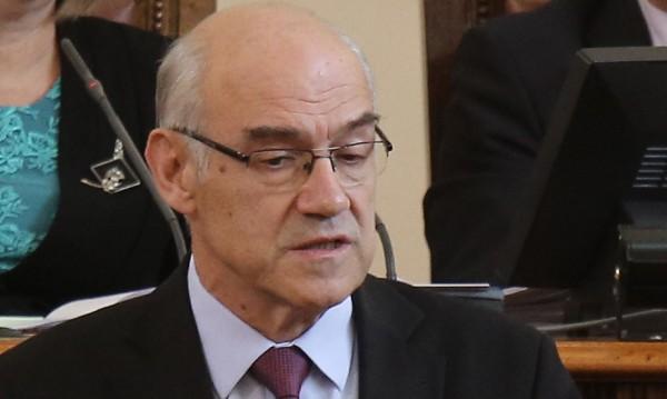 До изборите: Шефът на КЕВР няма да прави изявления