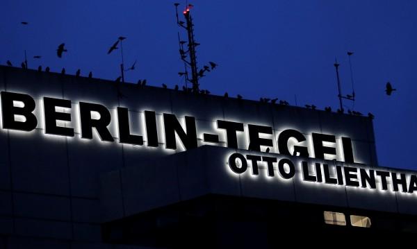 Берлин под въздушна блокада – двете летища стачкуват
