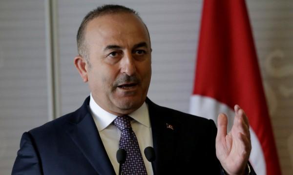 Холандия не пуска самолета на турския външен министър