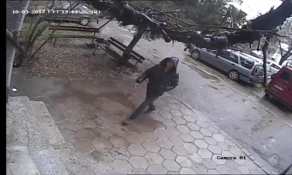 """Да откраднеш врата за 58 сек.! Познавате ли """"майстора""""?"""