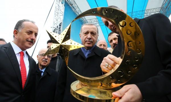 Турция срещу Холандия: Напрежението расте