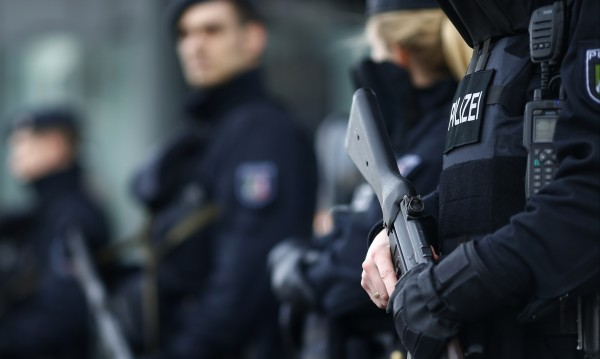 Заплаха за нощен клуб вдигна на крак полицията в Офенбург