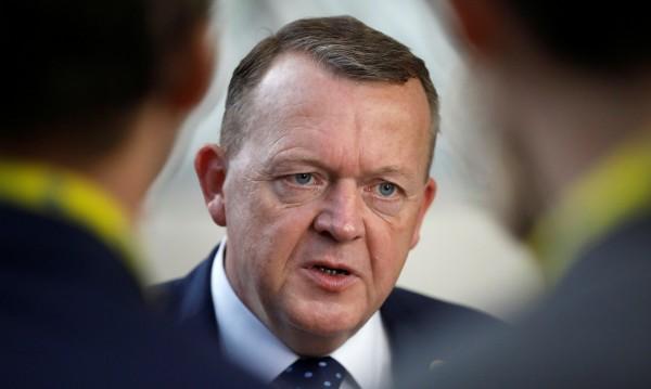 Датският премиер застана зад Холандия