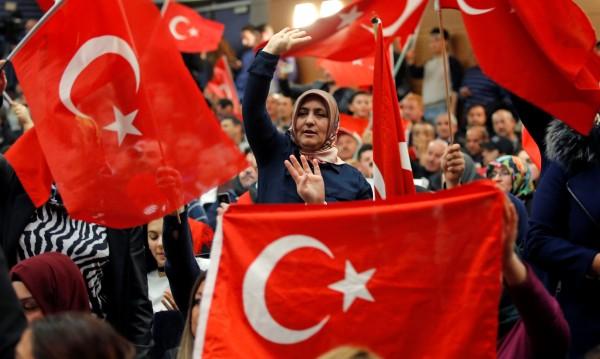 Германия втвърди тона за агитацията на Турция