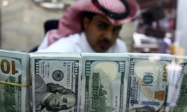 Петродоларите: Удари ли часът на Саудитската кралска династия?