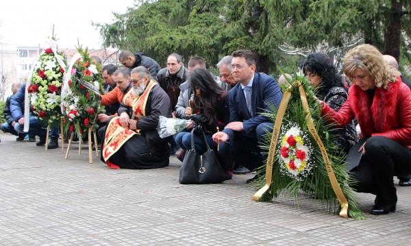Лясковец почете паметта на убития командос Емил Шарков