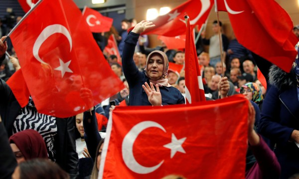 Германия може да забрани кампаниите на турски политици