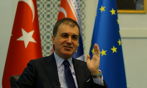 Анкара: Да се преразгледа споразумението за мигрантите с ЕС