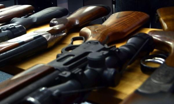 Иззеха оръжие и боеприпаси от частен дом в Самоковско