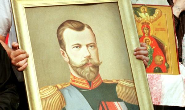 Век по-късно последният руски цар още предизвиква дебати