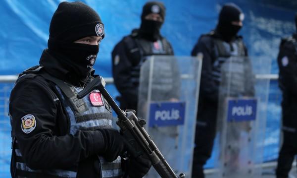 Турската полиция с мащабна операция в Истанбул