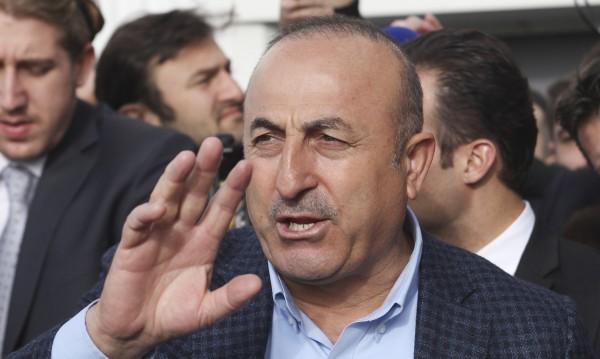 Турция плаши да анулира споразумението за мигрантите