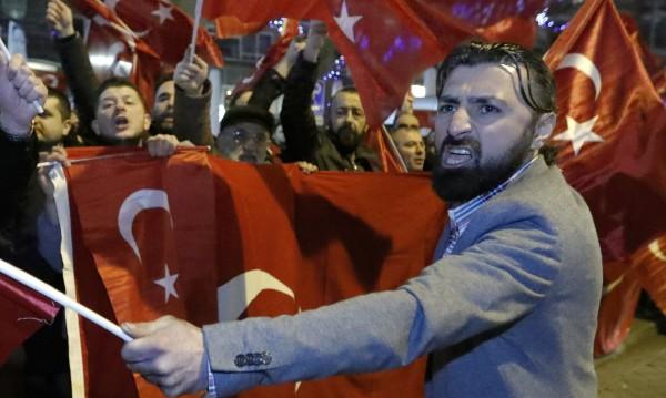 Белгия втвърдява тона към Турция