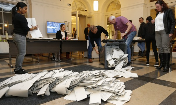 На Холандия ще са нужни поне 4 партии за правителство