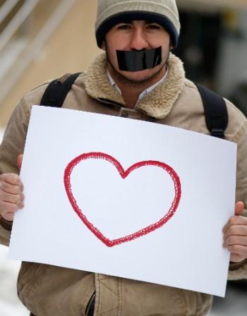 Какви са симптомите на сърдечен удар
